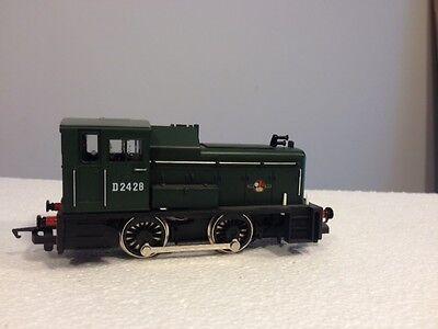 Hornby shunter R875  0-4-0 BR Green  D2428 class
