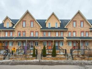 Beautiful Freehold Townhome For Sale In Pickering