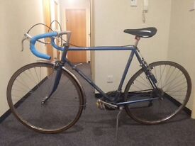 Vintage Motobecane 10 speed racer (Lowered price)