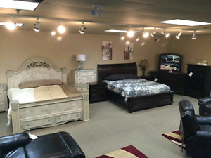 Ashley Furniture bedroom ( QUEEN SIZE )