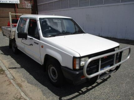 1994 Mitsubishi Triton White Manual Utility