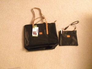 Roots Ladys 2in one Hand Bag New never used,its original plasic