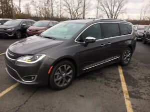 Chrysler Pacifica 4dr Wgn Limited   2017