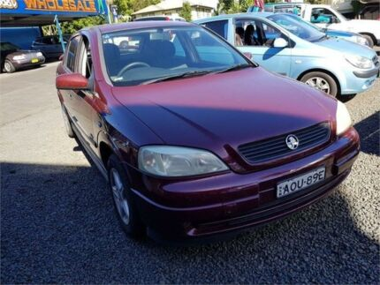 2004 holden astra ts city white 4 speed automatic hatchback cars 2004 holden astra ts my03 city burgundy 5 speed manual hatchback fandeluxe Gallery