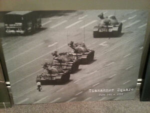 Mounted Posters - Ready to Hang - Che Guevara, Tiananmen Square
