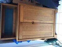 Cupboard/baby wardrobe