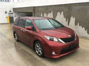 2013 Toyota Sienna SE just 27.000 km like new 8 seater