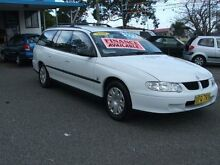 2001 Holden Commodore VX Executive White 4 Speed Automatic Wagon Kanwal Wyong Area Preview