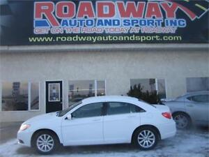 2013 Chrysler 200 Touring   PST Paid!
