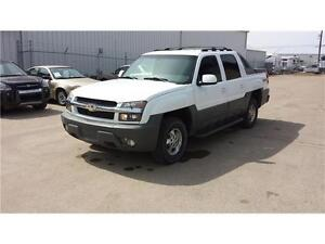 Chevrolet Avalanche 1500 Crew Cab *4WD, LOW KM, GREAT SHAPE*
