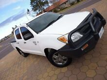 2006 Toyota Hilux TGN16R 06 Upgrade Workmate White 5 Speed Manual Dual Cab Pick-up Greenway Tuggeranong Preview