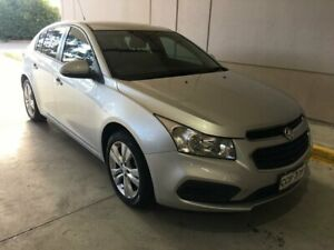 Holden Cruze EQUIPE Hatchback AUTOMATIC - 2015 Silver metallic 61,000km - 1.8 litre 4 cylinder Seven Hills Blacktown Area Preview