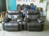 Set of 2 brown reclining armchairs