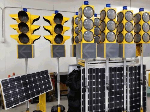 Portable Solar Four Way Traffic Light