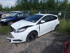 Pieces Ford Focus ST 2014 -Parting out
