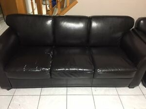 Black Leather Sofa/Loveseat/Chair