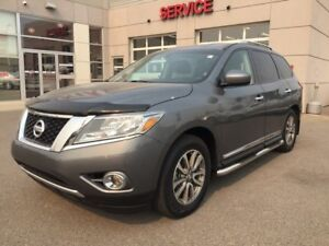2015 Nissan Pathfinder Accident free, PST Paid. Beautiful condit