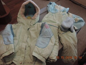 Girl's Size 4T Snow Suits & Coat London Ontario image 4