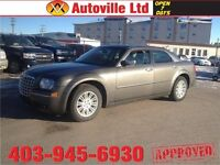 2010 Chrysler 300 Touring leather everyone approved