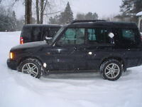 Land Rover Discovery 2004 129km couleurs noir int beige