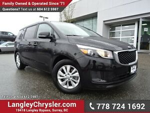 2017 Kia Sedona LX ACCIDENT FREE w/ 8-PASSENGERS, HEATED FRON...