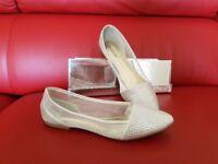 Bestelle flat shoes