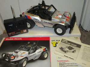 RADIO SHACK OFF ROAD TIGER BATTERY OPERATED REMOTE CONTROL CAR