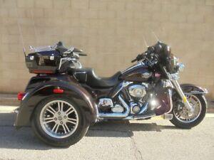 2011 Harley-Davidson TRI GLIDE ULTRA 103 (FLHTCUTG) Road Bike 1688cc Adelaide CBD Adelaide City Preview
