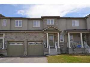 TownHome on Admiral Crescent - Angus - $1500.00/Mnth.PlusUtil.