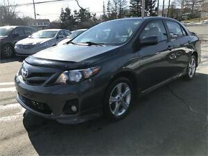 2011 Toyota Corolla S, SUPER CLEAN, LOADED , SUNROOF, LEATHER