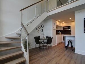 'Imperial Plaza' In Forest Hill! 2-Story Luxury Loft!