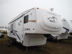 2007 Cherokee Lite 285KBS Rear kitchen 5th Wheel - 2 slides