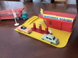 vintage matchbox servicestations/firestation/ vehicles trade or