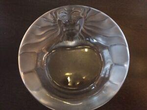 Cendrier en cristal Lalique France