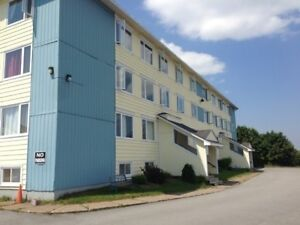 500 Douglas #B6 , Bachelor Condo North w/ Laundry, H&L,Parking™