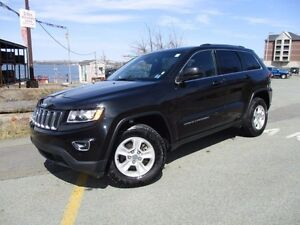 2016 Jeep GRAND CHEROKEE Laredo V6