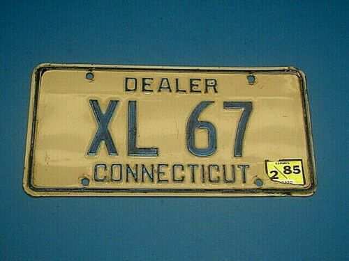1985 CONNECTICUT DEALER LICENSE PLATE