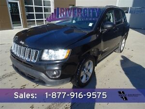 2013 Jeep Compass AWD NORTH Leather,  Heated Seats,  Bluetooth,