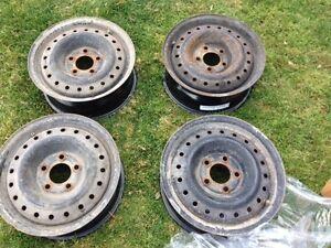 Rims 15 po Mazda 3 / 5 X 114.3    50$