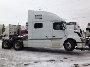 2007 VOLVO VLN780-Parting out