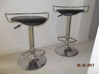 Pair of Bar Stools in Chrome and Black