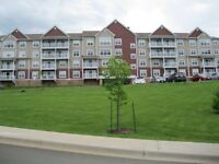 CONDO FOR SALE ON GOLF COURSE!