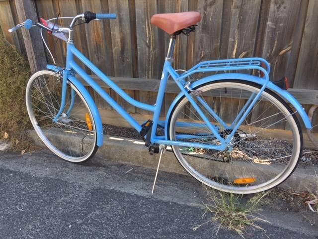 Road bike - step thru frame - refurbished