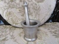 HEAVY DUTY STAINLESS STEEL MORTAR AND PESTLE