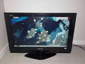 "Panasonic 32"" HD TV"