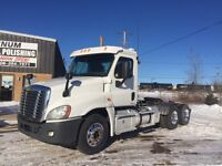 2012 Heavy Spec Freightliner Cascadia Day Cab