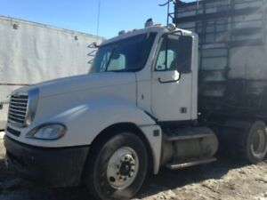 Freightliner Columbia 2009 Day Cab