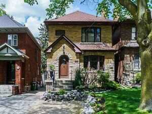 Stunning House In The Heart Of North York At Roselawn Ave