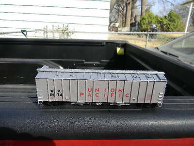LIMITED EDITION WALTHERS HO WESTERN PACIFIC(WP)AIRSLIDE COVERED HOPPER-W/KADEES , used for sale  Leavenworth