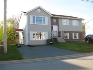 LOWER FLAT FOR RENT IN BEDFORD 3 BEDROOM $925/MONTH OAKRIDGE SUB